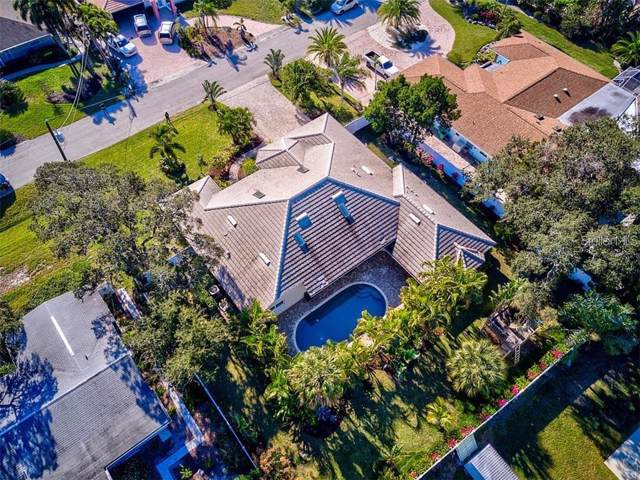 7780 Holiday Drive N, Sarasota, FL 34231 (MLS #A4447794) :: The Duncan Duo Team