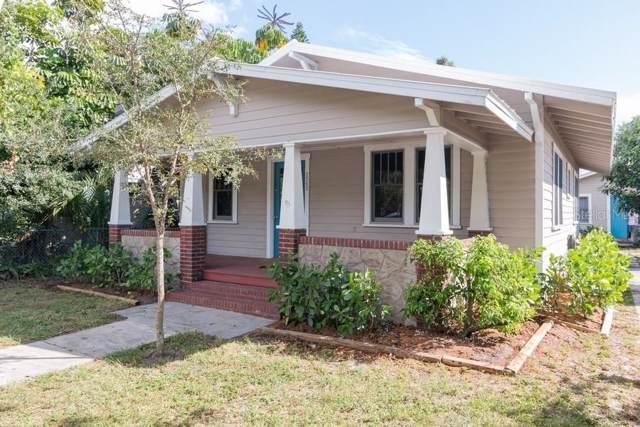 2562 Loma Linda Street, Sarasota, FL 34239 (MLS #A4448269) :: Alpha Equity Team