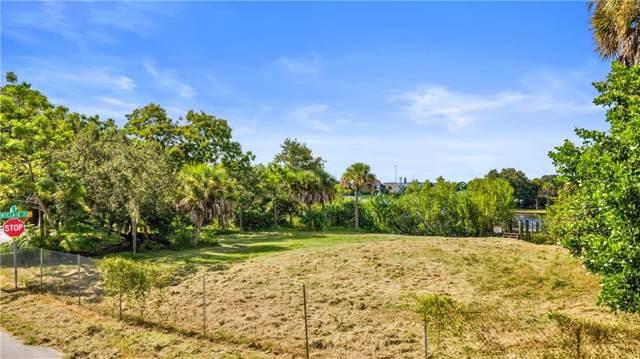 Montclair Drive, Sarasota, FL 34231 (MLS #A4449191) :: The Comerford Group