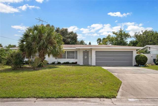 2414 Foster Lane, Sarasota, FL 34239 (MLS #A4449561) :: The Light Team