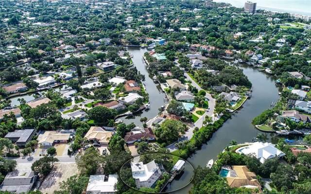 557 Venice Lane, Sarasota, FL 34242 (MLS #A4451056) :: Sarasota Home Specialists