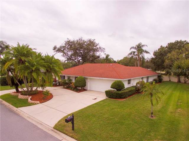 6840 Country Lakes Circle, Sarasota, FL 34243 (MLS #A4451322) :: GO Realty