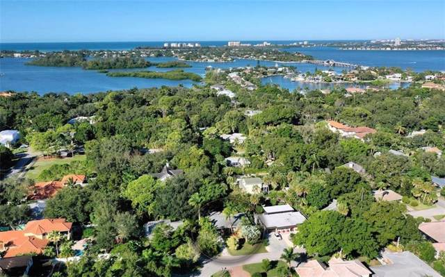 3926 Maravic Place, Sarasota, FL 34231 (MLS #A4451331) :: Homepride Realty Services