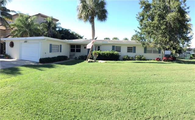 8648 Dunmore Drive, Sarasota, FL 34231 (MLS #A4453487) :: Griffin Group