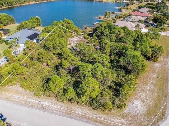 9400 Treasure Lake Court, Saint James City, FL 33956 (MLS #A4454042) :: The A Team of Charles Rutenberg Realty