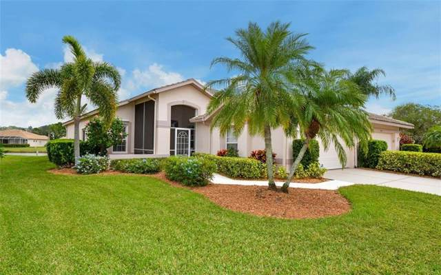 9528 Forest Hills Circle, Sarasota, FL 34238 (MLS #A4454065) :: BuySellLiveFlorida.com