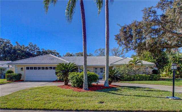 7924 Broadmoor Pines Boulevard, Sarasota, FL 34243 (MLS #A4457637) :: The Figueroa Team