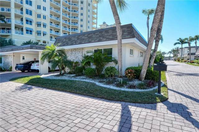 1900 Benjamin Franklin Drive Villa2, Sarasota, FL 34236 (MLS #A4457987) :: The Paxton Group