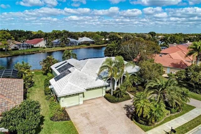 8643 Woodbriar Drive, Sarasota, FL 34238 (MLS #A4459366) :: Keller Williams on the Water/Sarasota