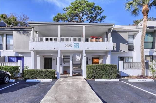 2025 Lakewood Club Drive S 5-H, St Petersburg, FL 33712 (MLS #A4459544) :: The Figueroa Team