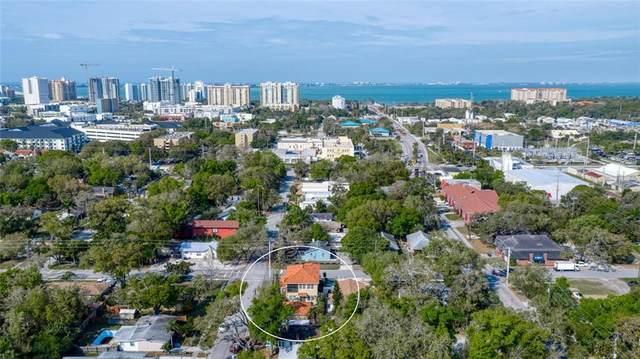 902 Goodrich Avenue, Sarasota, FL 34236 (MLS #A4459993) :: McConnell and Associates