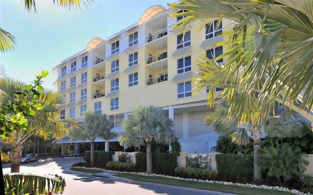 915 Seaside Drive #512, Sarasota, FL 34242 (MLS #A4460143) :: The Paxton Group