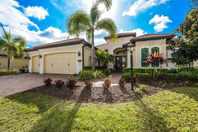 15320 Helmsdale Place, Lakewood Ranch, FL 34202 (MLS #A4460226) :: EXIT King Realty