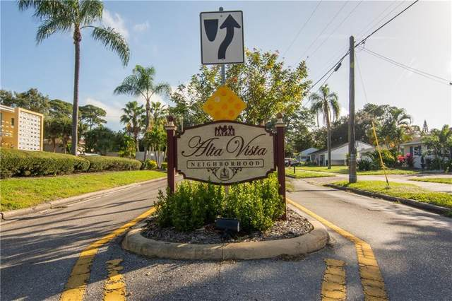 2155 Wood Street B14, Sarasota, FL 34237 (MLS #A4460723) :: The Duncan Duo Team