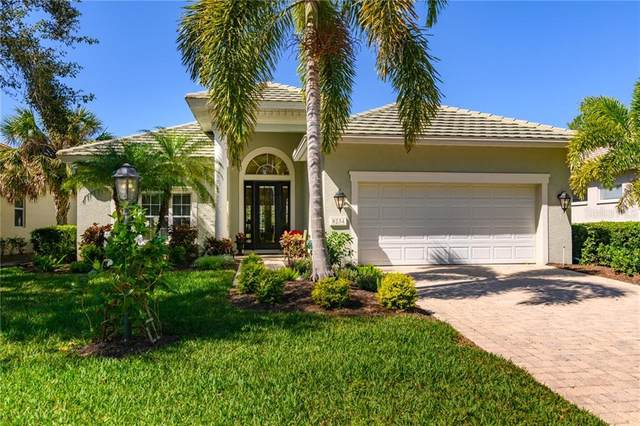 8234 Abingdon Court, University Park, FL 34201 (MLS #A4461049) :: Lockhart & Walseth Team, Realtors