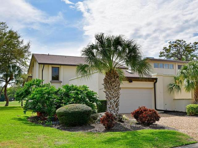 4642 La Jolla Drive, Bradenton, FL 34210 (MLS #A4461240) :: Icon Premium Realty