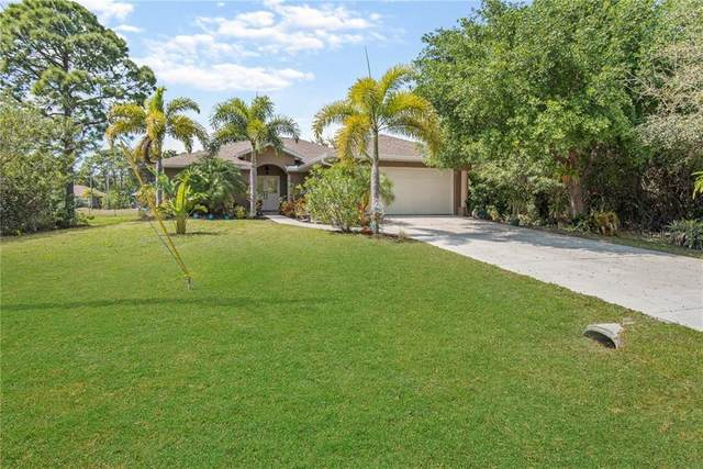 185 Apollo Drive, Rotonda West, FL 33947 (MLS #A4463076) :: The A Team of Charles Rutenberg Realty