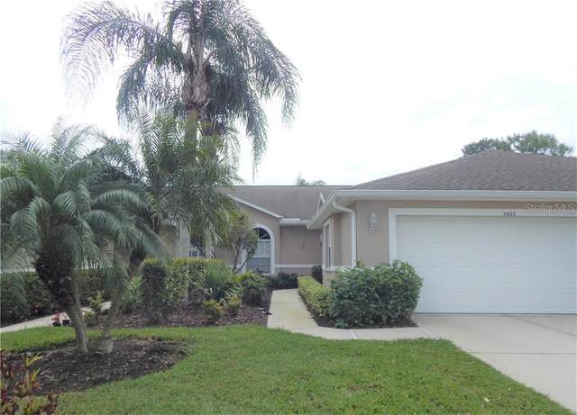 4925 Chase Oaks Drive, Sarasota, FL 34241 (MLS #A4463205) :: The Duncan Duo Team
