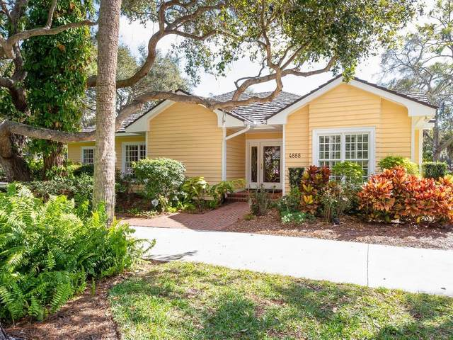 4888 Peregrine Point Circle N, Sarasota, FL 34231 (MLS #A4463411) :: McConnell and Associates