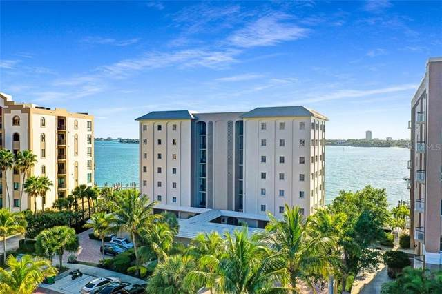 350 Golden Gate Point #32, Sarasota, FL 34236 (MLS #A4463976) :: The Paxton Group