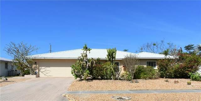 6616 Bowline Drive, Sarasota, FL 34231 (MLS #A4464091) :: The Duncan Duo Team