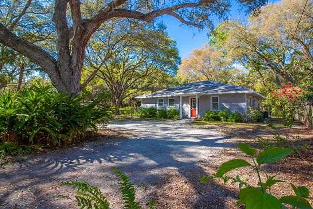 1371 44TH Street, Sarasota, FL 34234 (MLS #A4464292) :: Prestige Home Realty