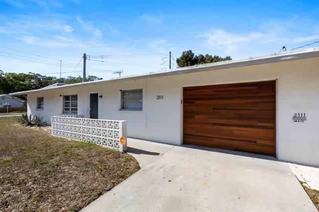 2111 10TH Street, Sarasota, FL 34237 (MLS #A4464428) :: Kendrick Realty Inc