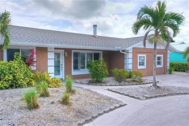 902 25TH Avenue W, Palmetto, FL 34221 (MLS #A4464466) :: Armel Real Estate