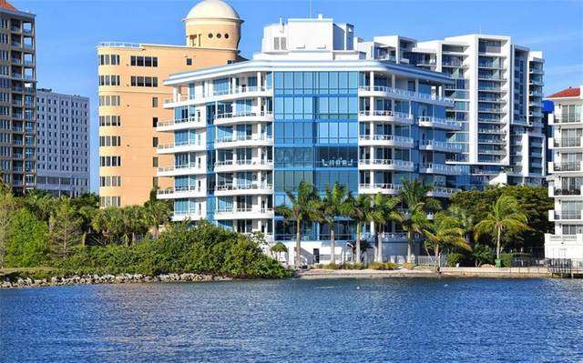 136 Golden Gate Point #101, Sarasota, FL 34236 (MLS #A4464865) :: Sarasota Home Specialists
