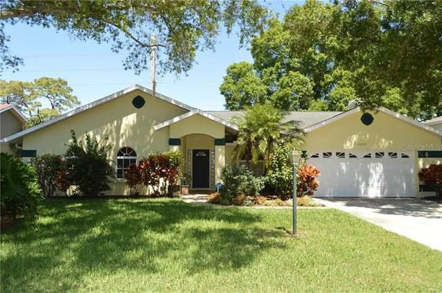 4505 Diamond Circle N, Sarasota, FL 34233 (MLS #A4464910) :: Sarasota Home Specialists