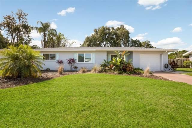 6836 Half Moon Drive, Sarasota, FL 34231 (MLS #A4466259) :: Delta Realty Int