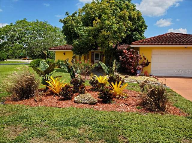 1051 N Cypress Point Drive, Venice, FL 34293 (MLS #A4467443) :: Godwin Realty Group