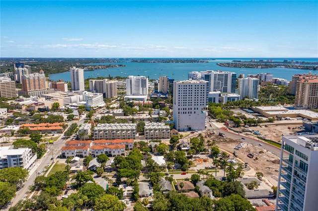 1251 4TH Street, Sarasota, FL 34236 (MLS #A4467582) :: McConnell and Associates