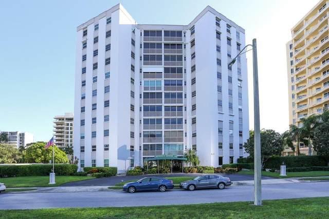 435 S Gulfstream Avenue #1103, Sarasota, FL 34236 (MLS #A4468057) :: Team Pepka