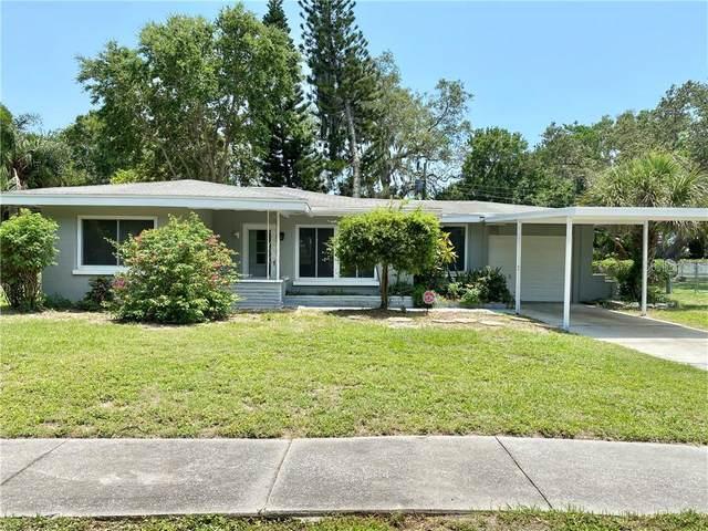 2030 Oak Terrace, Sarasota, FL 34231 (MLS #A4468223) :: Godwin Realty Group