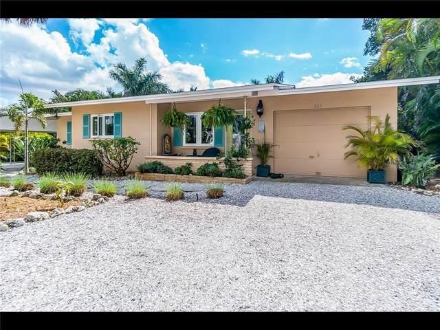 205 55TH Street, Holmes Beach, FL 34217 (MLS #A4468231) :: Team Buky
