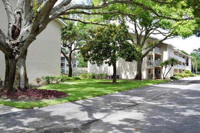 3985 Maceachen Boulevard #212, Sarasota, FL 34233 (MLS #A4468252) :: Keller Williams Realty Peace River Partners