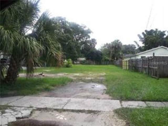 1682 8TH Street, Sarasota, FL 34236 (MLS #A4468427) :: The Duncan Duo Team