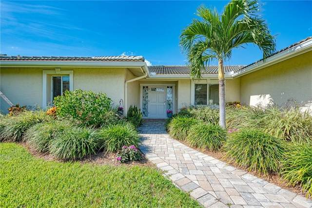 7692 Cove Terrace, Sarasota, FL 34231 (MLS #A4468539) :: Homepride Realty Services