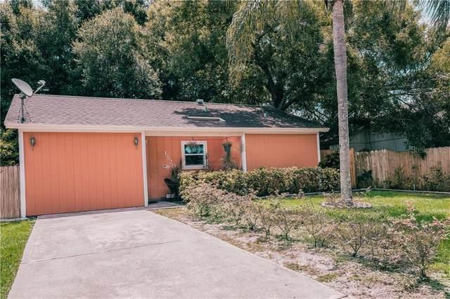 1520 Oak Park Avenue, Sarasota, FL 34237 (MLS #A4468578) :: The Paxton Group