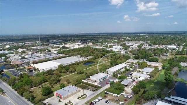 5670 Jason Lee Place, Sarasota, FL 34233 (MLS #A4468635) :: The Paxton Group