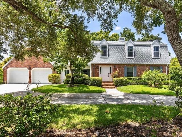 827 Hillcrest Drive, Bradenton, FL 34209 (MLS #A4470609) :: Zarghami Group