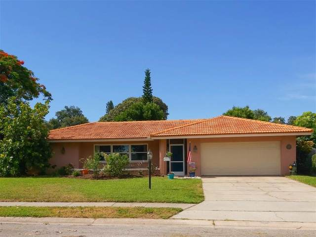13993 Kimberly Drive, Largo, FL 33774 (MLS #A4472220) :: Keller Williams on the Water/Sarasota