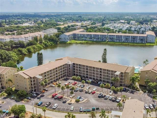 3591 Lake Bayshore Drive J-304, Bradenton, FL 34205 (MLS #A4472245) :: Baird Realty Group