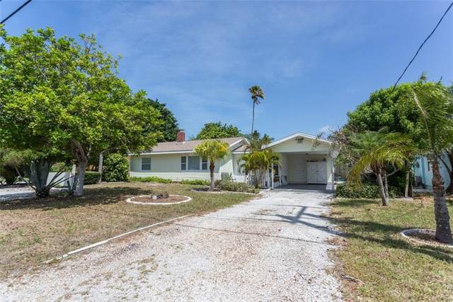 139 Mckinley Drive, Sarasota, FL 34236 (MLS #A4472422) :: Delgado Home Team at Keller Williams