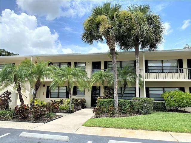 7110 Fairway Bend Ln #284, Sarasota, FL 34243 (MLS #A4474167) :: Team Bohannon Keller Williams, Tampa Properties