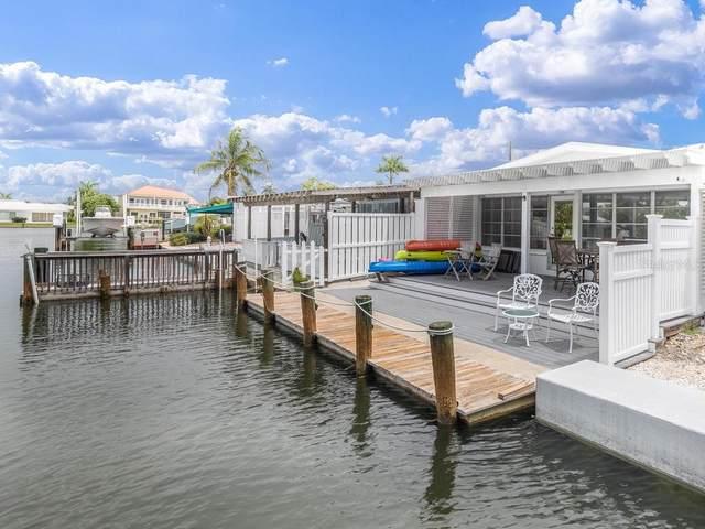 26 Seaside Court #26, Holmes Beach, FL 34217 (MLS #A4474328) :: GO Realty