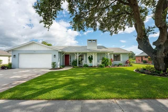 4244 Eastwood Dr, Sarasota, FL 34232 (MLS #A4475005) :: Homepride Realty Services