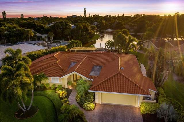 5412 Azure Way, Sarasota, FL 34242 (MLS #A4478526) :: Dalton Wade Real Estate Group