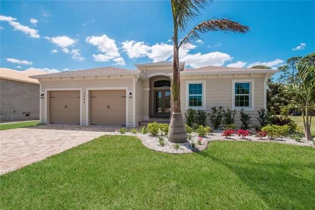 5481 56TH Court E, Bradenton, FL 34203 (MLS #A4480246) :: Alpha Equity Team